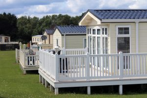 Who is the best company to buy a Mobile Home in West Palm Beach ?