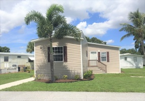 2555 PGA Blvd Lot #91,Palm Beach Gardens,Florida 33410,3 Bedrooms Bedrooms,2 BathroomsBathrooms,Mobile Homes,The Meadows,PGA Blvd Lot #91,1138