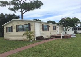 2555 PGA Blvd Lot # 324,Palm Beach Gardens,Florida 33410,2 Bedrooms Bedrooms,2 BathroomsBathrooms,Mobile Homes,The Meadows,PGA Blvd Lot # 324,1150
