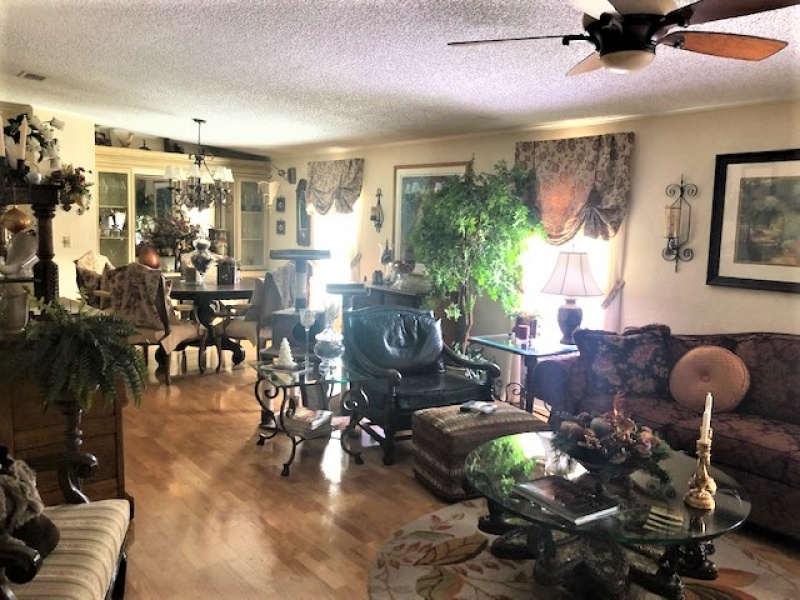 6056 Palm Breezes Drive, Lantana, Florida 33462, 2 Bedrooms Bedrooms, ,2 BathroomsBathrooms,Mobile Homes,For sale,Palm Breezes Club,Palm Breezes Drive,1197