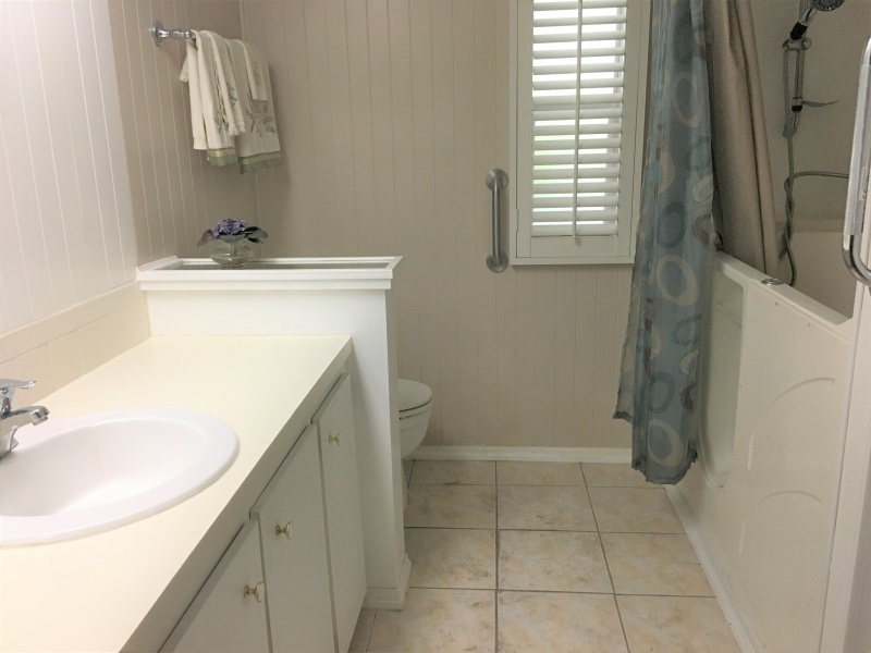 6453 Cypress Ln.,Lake Worth,Florida 33462,2 Bedrooms Bedrooms,2 BathroomsBathrooms,Mobile Homes,Maralago Cay,Cypress Ln.,1053