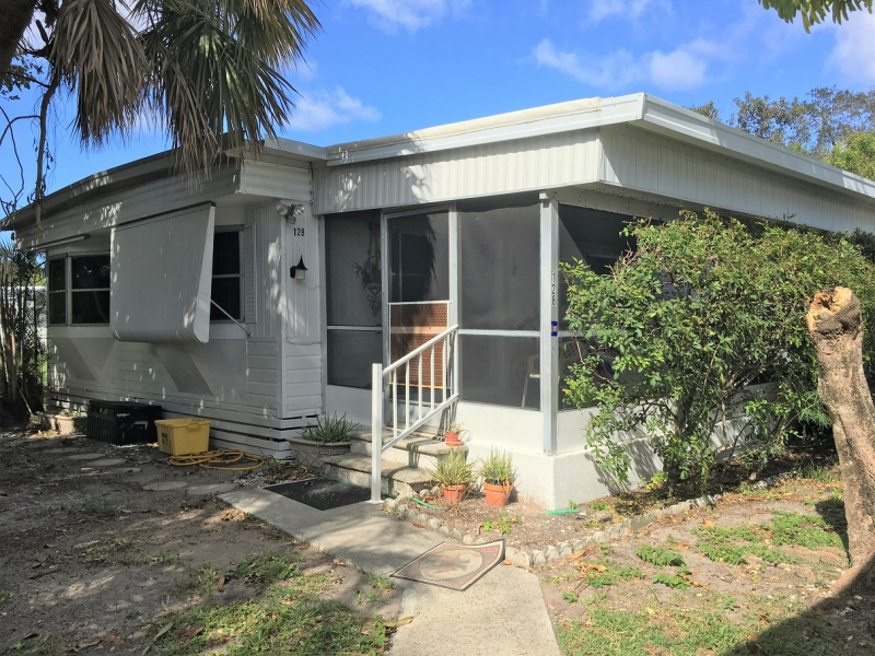 Tmf 128 Lrge 3b 2b Mobile Home For Sale Great Deal For A Little Tl Mobilehomeway