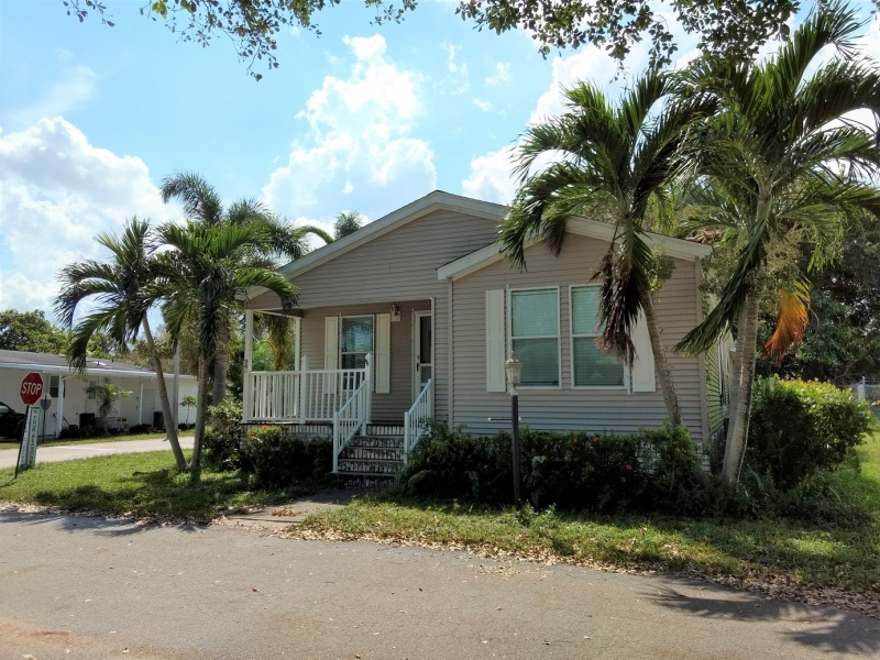 2085 Vinnings Circle,Palm Beach Gardens,Florida 33410,3 Bedrooms Bedrooms,2 BathroomsBathrooms,Mobile Homes,Garden Walk,Vinnings Circle ,1060