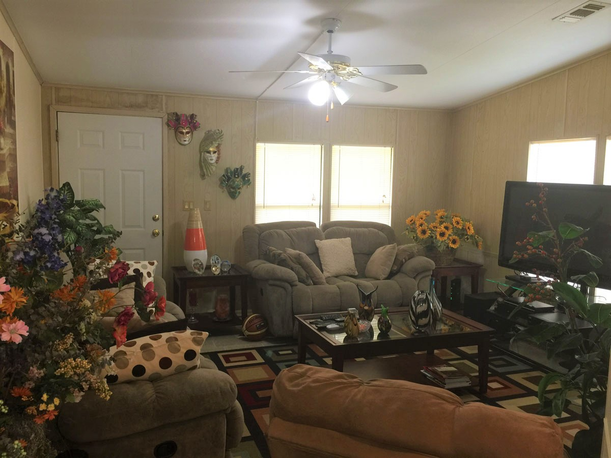Decorate Your Mobile Home Living Room